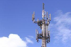 Sobre os regulamentos de torres de celular da fcc