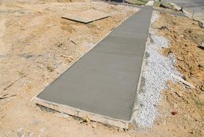 Aceleradores para a cura de concreto