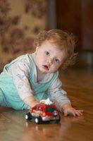 Atividades para o desenvolvimento do cérebro em um 8 meses de idade
