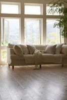 Anexado vs. Almofadas do sofá desanexados