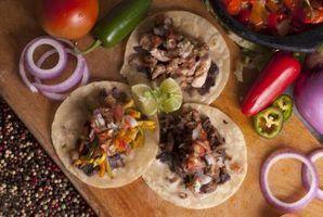 Alimentos mexicanos autênticos de fazer em casa para uma multidão