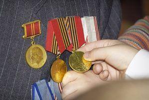 Benefícios para os dependentes e filhos de veteranos militares aposentados