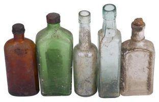 Garrafas clorox dos 30s e 40s