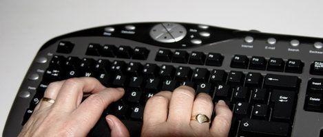 Computador usa em escritórios do governo