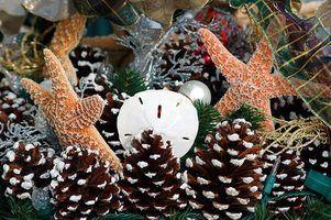 Usar elementos naturais, ligadas ao mar em sua casa Cape Cod`s holiday decor.