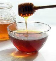 Diferença entre o mel cru e mel regulares