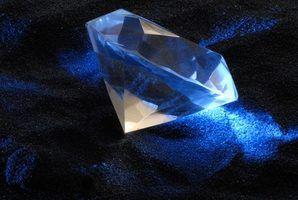 As diferenças entre zircônia cúbica e moissanite