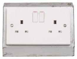 Diferentes em forma de 220 recipientes volts