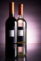 Diferentes tamanhos de garrafas de vinho