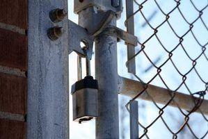 mangas alvenaria âncora proporcionar a melhor maneira de anexar um portão para o tijolo.