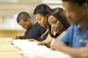 Bolsas de doutoramento para as minorias