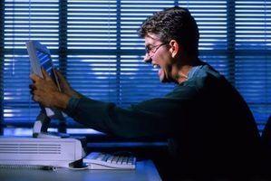 Será que o windows defender executar uma varredura por si só?