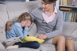 Consulte as crianças expostas à violência familiar para o conselheiro da escola.