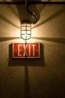 Requisitos de egresso de iluminação para o código de segurança de vida
