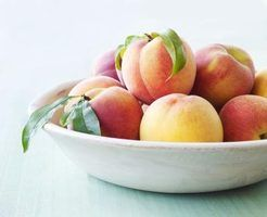 Frutas e legumes que possuem a maioria dos pesticidas