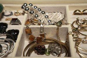 Penteados e jóias da década de 1930