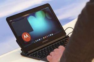 A definição de uma senha em um laptop`s screen saver is a routine security precaution.