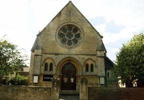 Como o arquivo de uma igreja para a bancarrota?