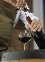 Como é o vinho pinot noir servido?