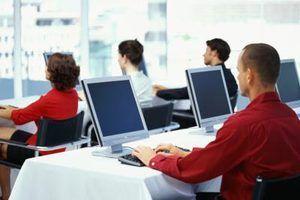 Quanto é que um técnico informação ganha em uma hora?