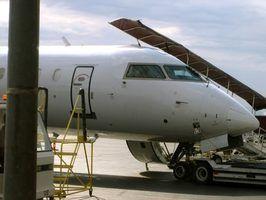 Como se tornar um assistente de vôo em Virgínia