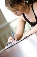 Escrever uma carta para notificar o locador que você está desocupar imóvel alugado.