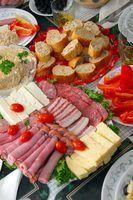 Como atender com aperitivos pesados