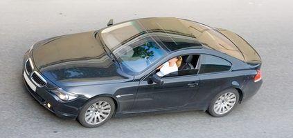 Como alterar o proprietário com uma poa no DMV em Roanoke, VA