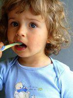 Como limpar os dentes com vinagre