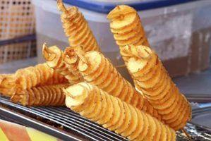 Como cortar as batatas em espiral