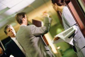 Como lidar com colegas de trabalho e chefes egocêntricos