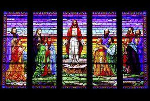 Como determinar o valor dos vitrais de uma igreja