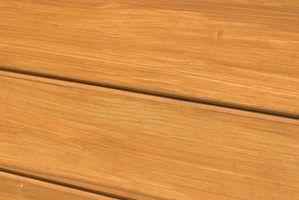 Falso painéis de madeira foi muito popular um par de décadas atrás.