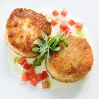 carne de caranguejo pasteurizada pode ser usado no lugar de fresco.