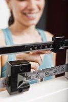 Ganhar peso requer noite consumir muitas calorias e água antes de ir dormir.