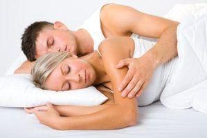 Como segurar minha boca fechada durante o sono