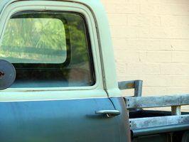 Pinte seu velame caminhão para dar-lhe nova vida.