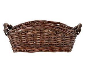 Como colocar tecido no interior de uma cesta de vime