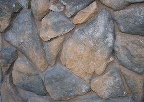 Como colocar em uma fachada de rock com argamassa e telas