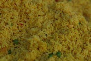 Como reaquecer um prato de arroz