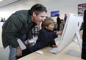 Ejetar um DVD quando você`re done using it on your iMac.