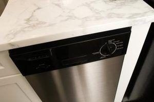 Muitas máquinas de lavar louça precisa ser redefinido para restaurar a função adequada.