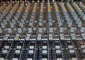 Monitorar mesa de mixagem
