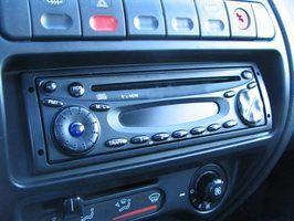 Como ligar o rádio por satélite Sirius
