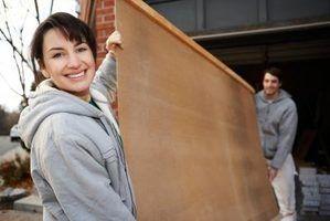 folhas de compensado vir no mesmo tamanho 4x8-pé, como painéis de parede tradicionais.