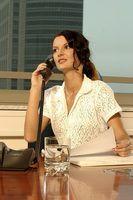 Um departamento de recursos humanos supervisiona assuntos diversos de pessoal e problemas dentro de uma empresa ou organização.