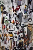Idéias para uma placa de peg em uma garagem
