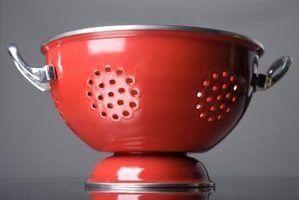 Idéias para projetos branco, vermelho e preto de cozinha