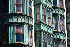 O imposto de propriedade pagos em um condomínio na califórnia?