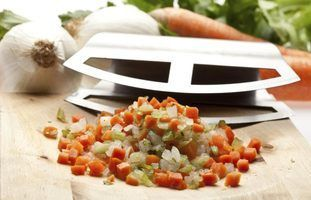 Termo culinária italiana para o aipo, cenouras e cebolas